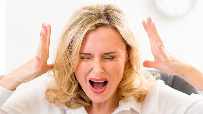 Нервозность у женщины
