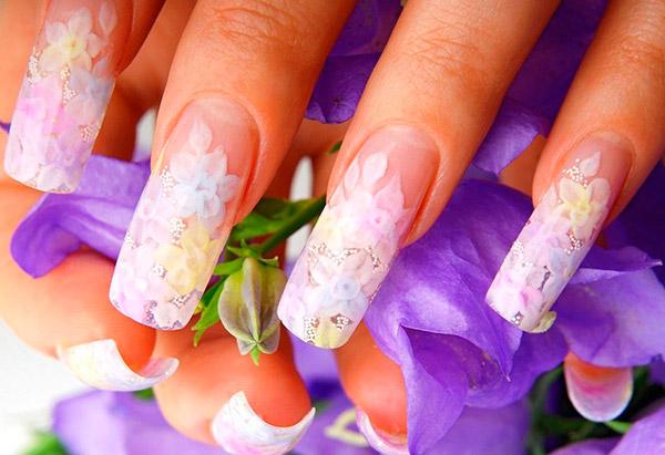 Сохраняем красоту ногтей