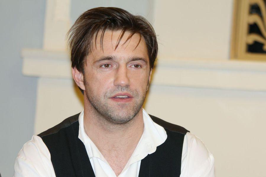 Инстаграм и Википедия Владимира Вдовиченкова фото