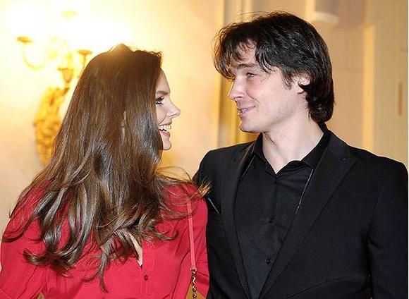 Расстались Максим Матвеев с Лизой Боярской развелись фото
