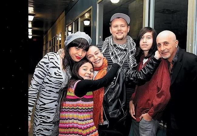 Семья Наргиз Закировой фото