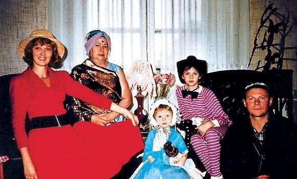 Семья Виталия Соломина фото