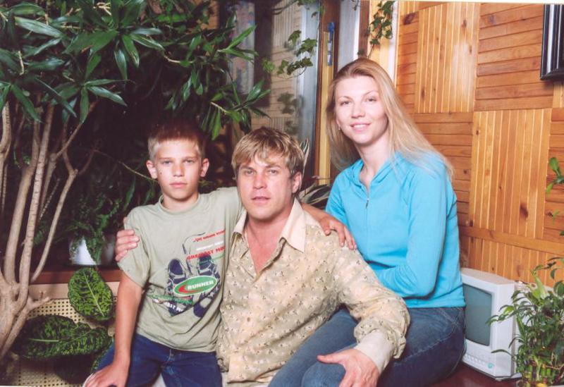 Алексей глызин семья фото шикарный дом