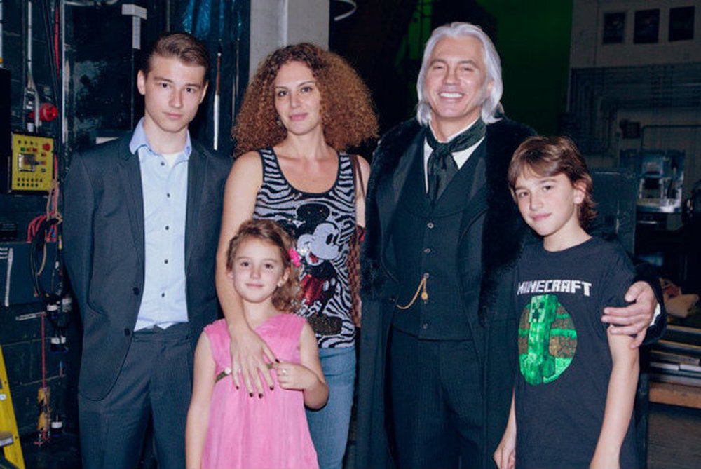 Дмитрий хворостовский биография фото и его семья