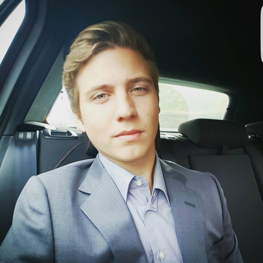 Сын Александра Шульгина – Артемий Шульгин фото