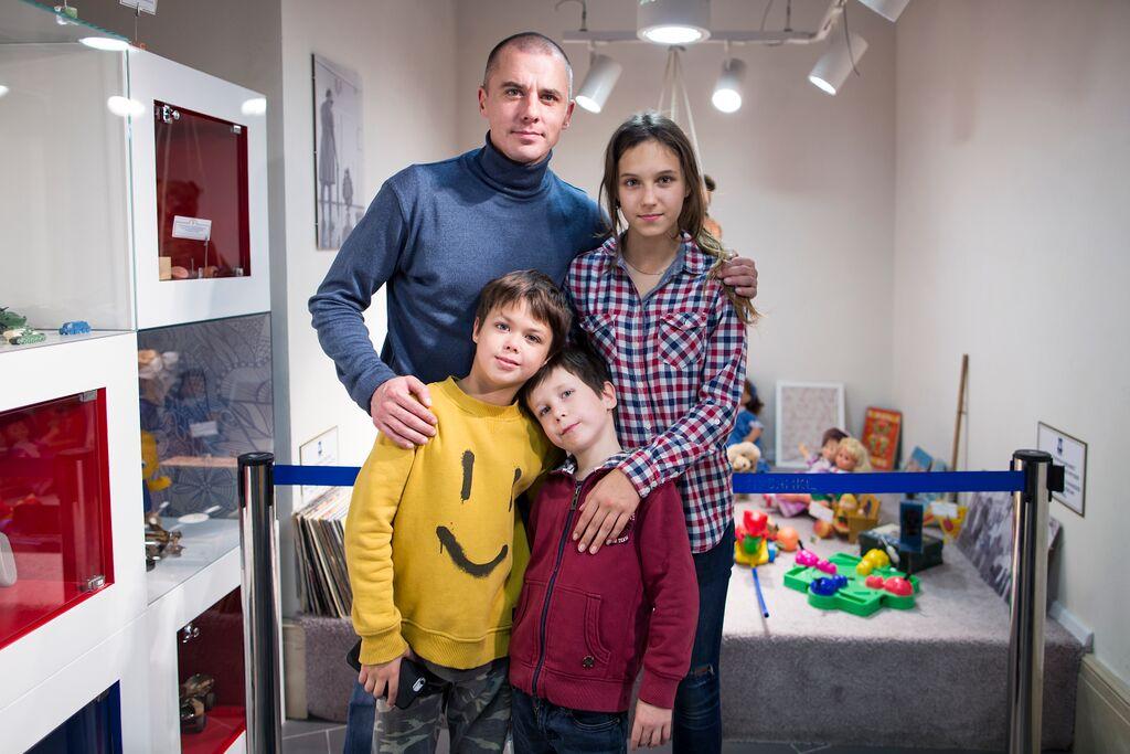 Сын Игоря Петренко – Корней фото