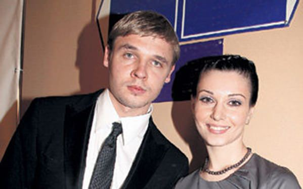 Жена Александра Голубева – Александра Урсуляк фото
