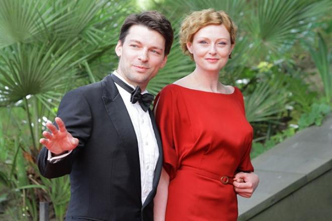 Жена Даниила Страхова – Мария Леонова фото
