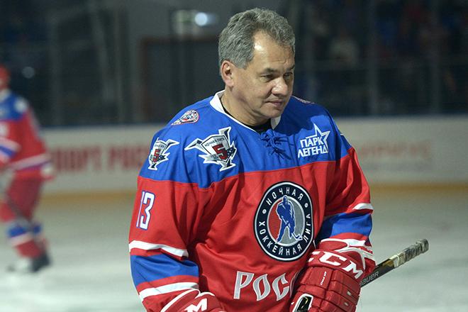 Сергей Шойгу любит хоккей
