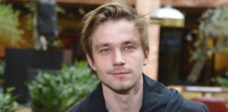 Александр Петров личная жизнь и биография