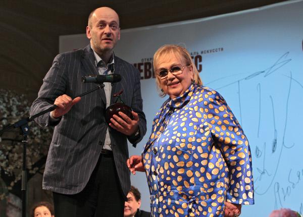Бывшая жена Евгения Евстигнеева – Галина Волчек фото
