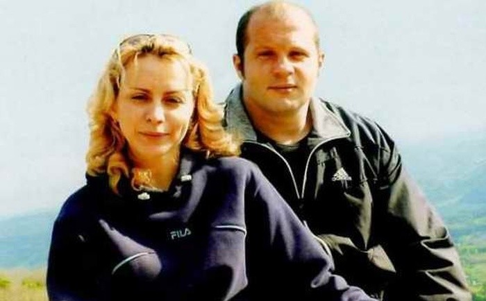 Бывшая жена Федора Емельяненко – Марина Емельяненко фото