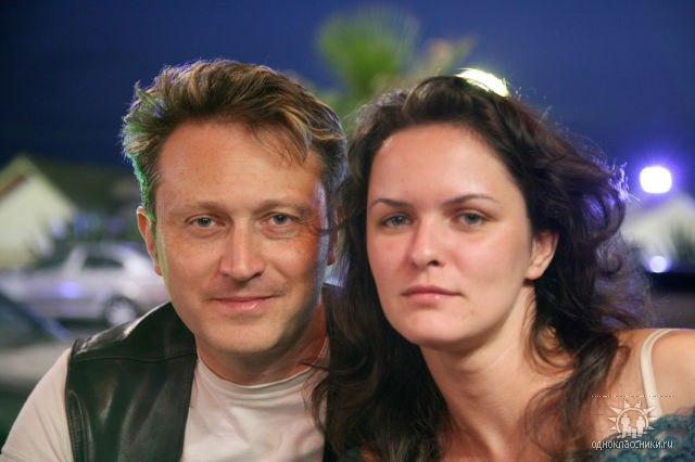 Бывшая жена Кирилла Сафонова (актёр) – Елена Сафонова фото