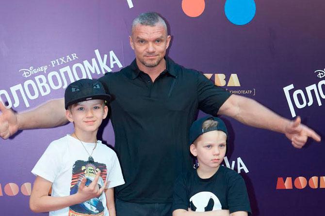 Дети Владимира Епифанцева фото