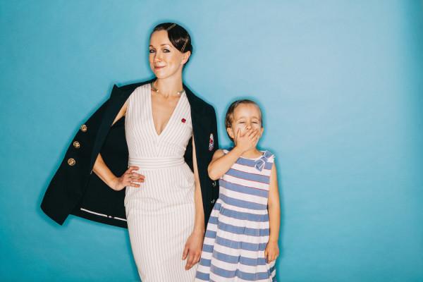 Дочь Дарьи Мороз – Анна Богомолова фото