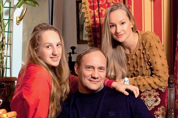 Дочь Евгения Сидихина – Аглая Сидихина фото