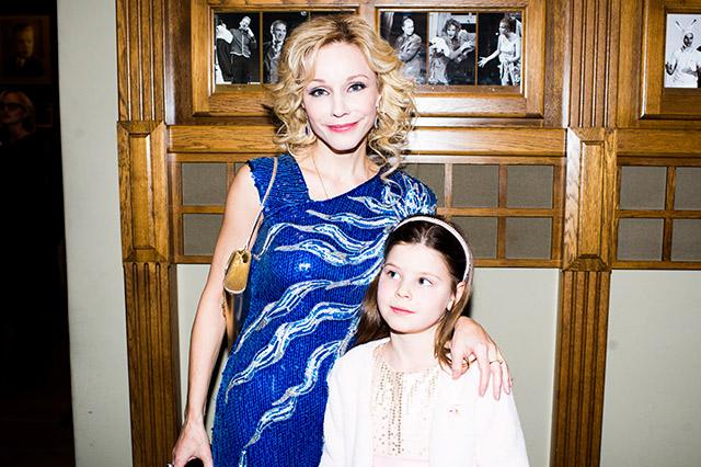 Дочь Марины Зудиной – Мария Табакова фото