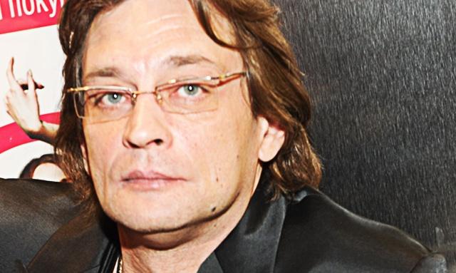 Инстаграм и Википедия Александра Домогарова фото