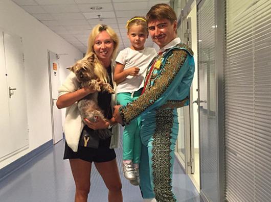 Алексей Ягудин с семьей
