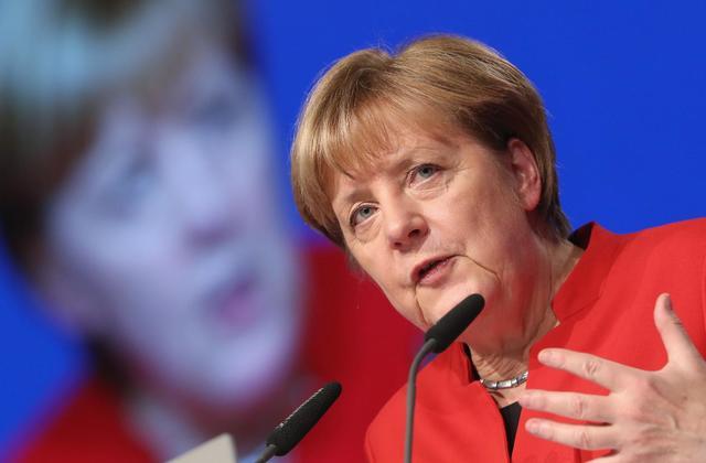 Инстаграм и Википедия Ангелы Меркель фото