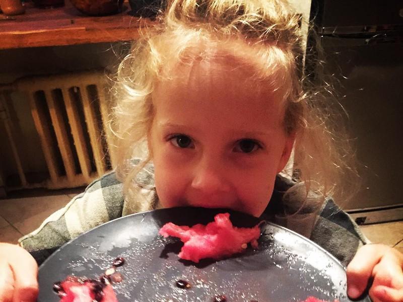 Младшая дочь Ксении Раппопорт – Соня фото