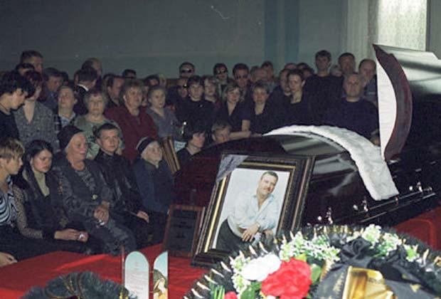 Причина смерти и похороны Михаила Круга фото