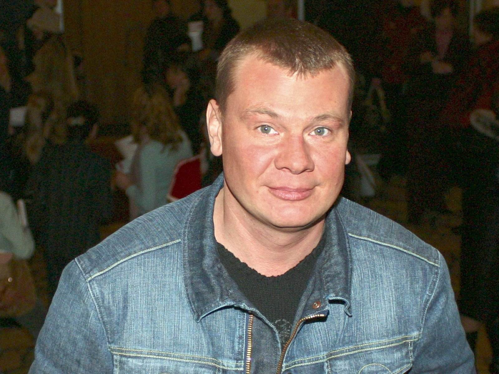 Рост, вес, возраст. Года жизни Владислава Галкина фото