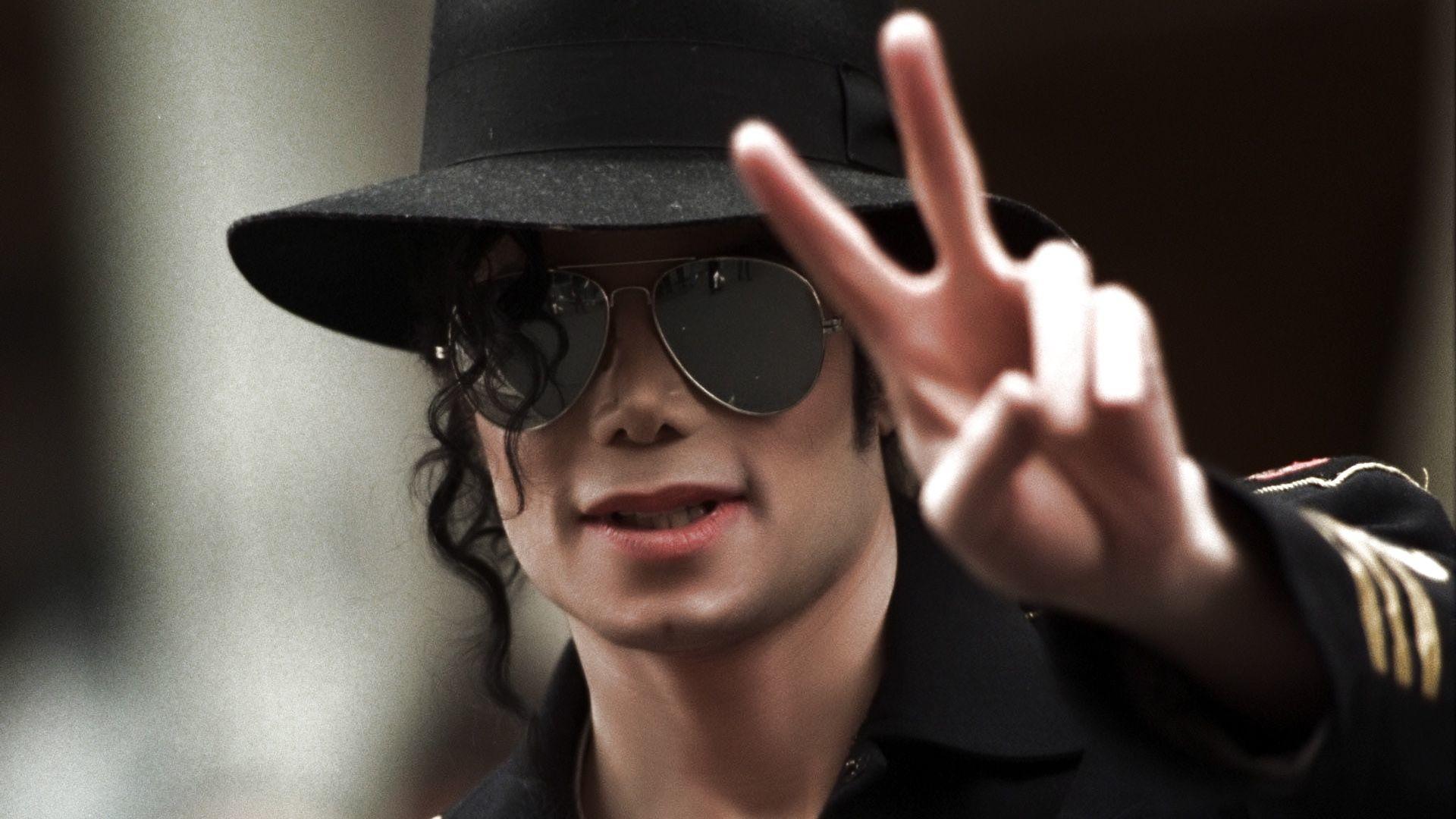 Рост, вес, возраст. Сколько лет Майклу Джексону фото