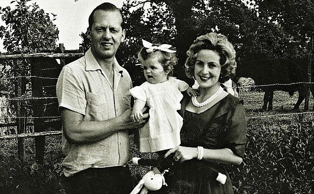 Семья Беллы Ахмадулиной фото