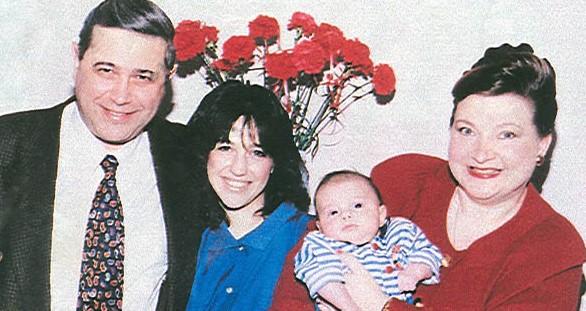 Семья Евгения Петросяна