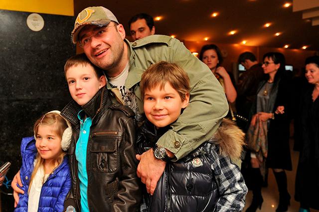 Семья Михаила Пореченкова фото