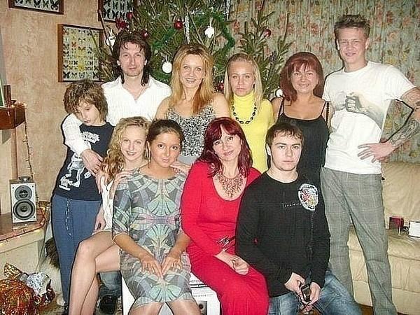 Семья Нюши Шурочкиной фото