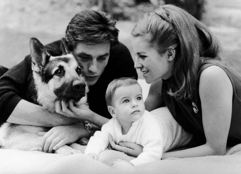 Семья и дети Алена Делона фото