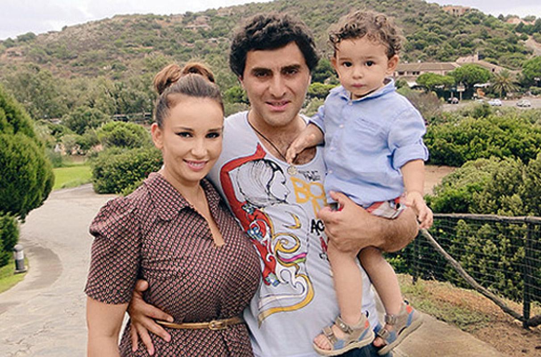 Семья и дети Анфисы Чеховой фото