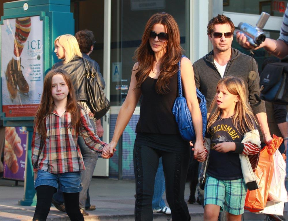 Семья и дети Кейт Бекинсейл фото