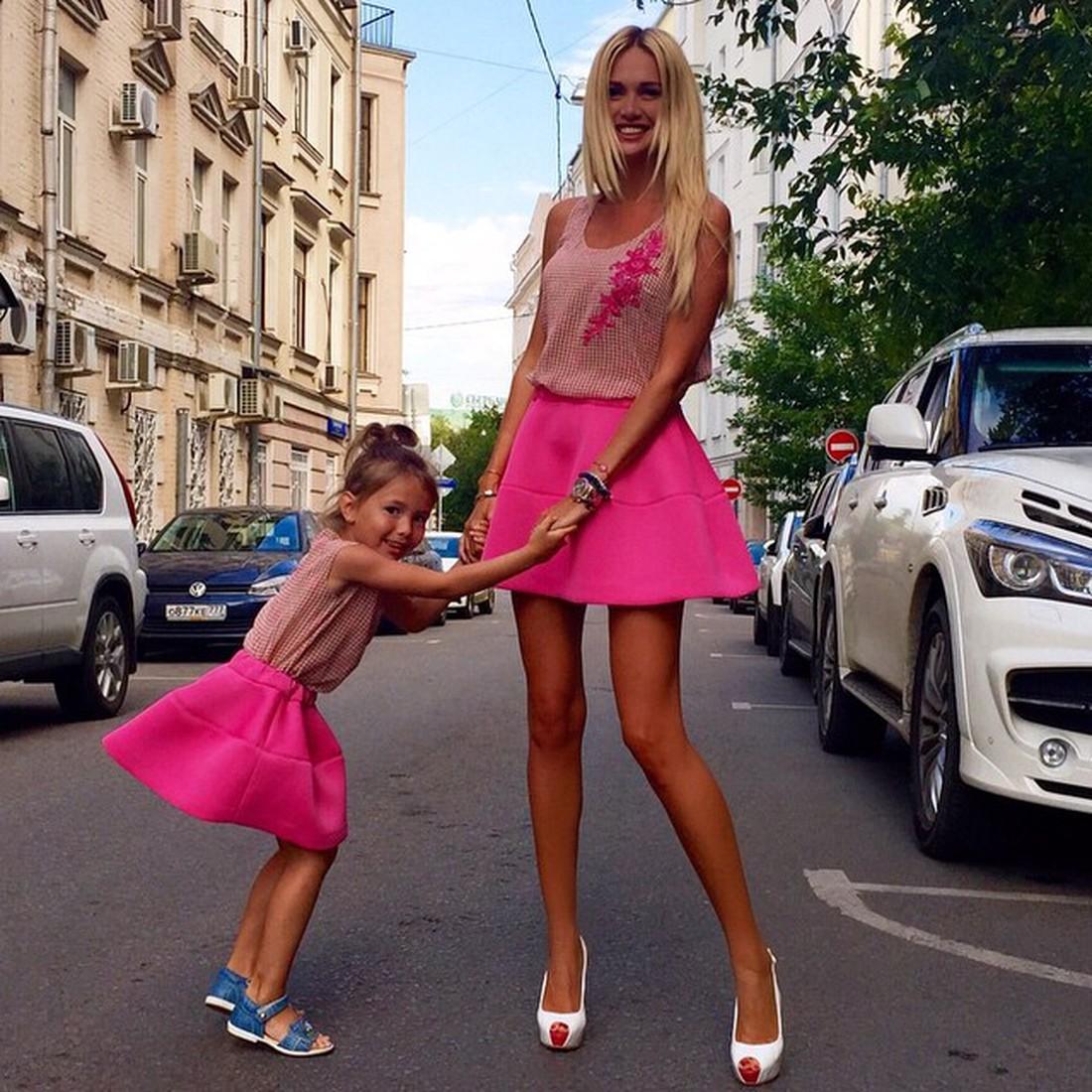 Семья и дети Виктории Лопыревой фото