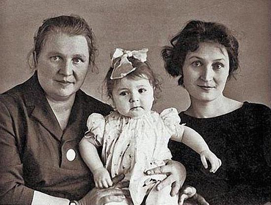 Семья и дети Жанны Агузаровой фото
