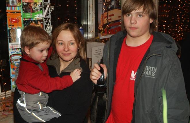 Сын Евгении Добровольской – Николай Ефремов фото