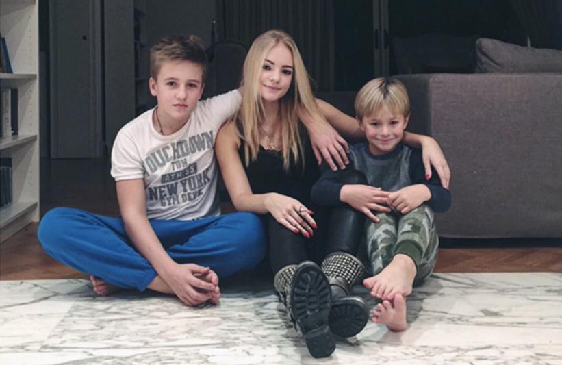 Сыновья Дмитрий Песков - Михаил и Денни Песковы фото