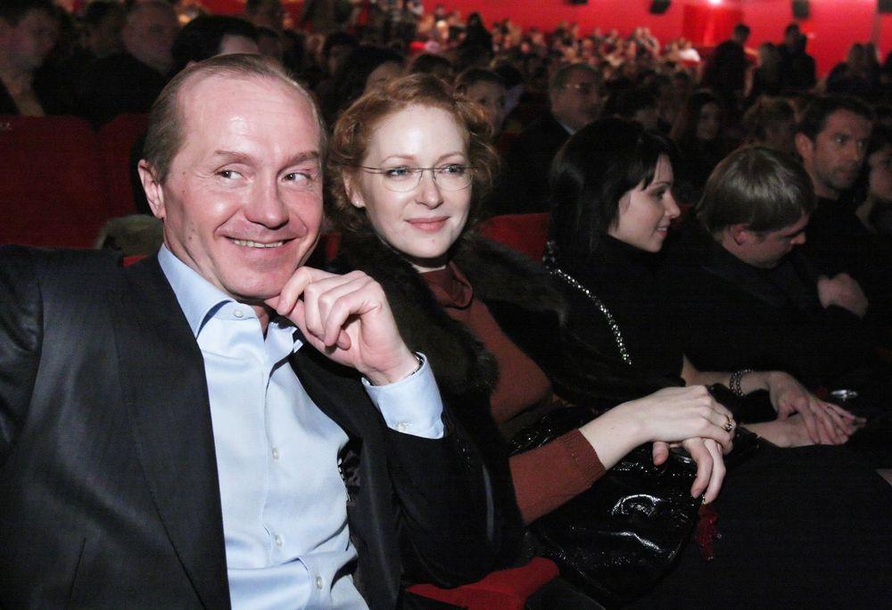 Жена Андрея Панина – Наталья Рогожикна фото