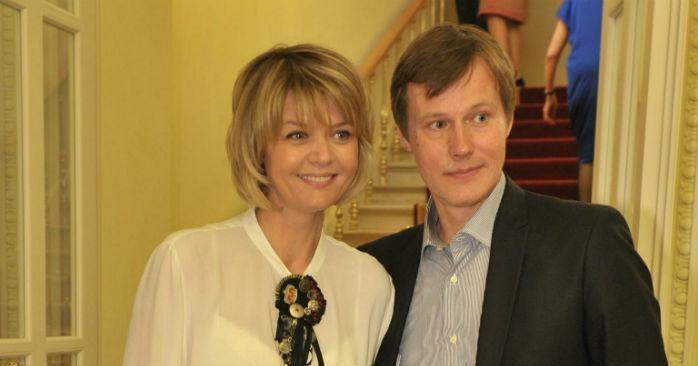 Жена Игоря Гордина – Юлия Меньшова фото