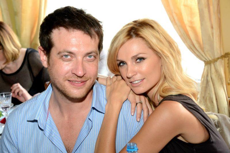 Жена Кирилла Сафонова (актёр) – Александра Савельева фото