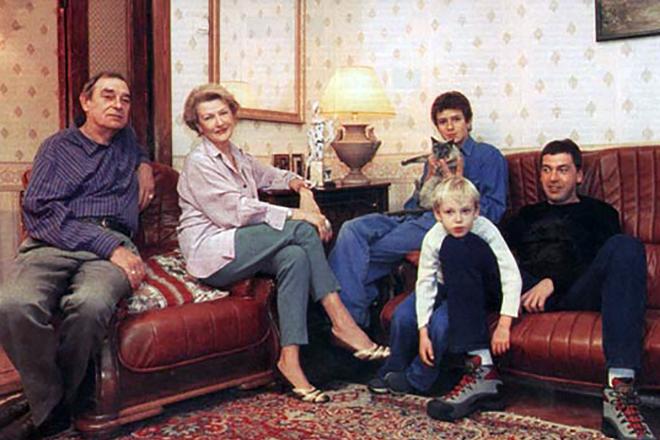 Светлана Дружинина с семьей
