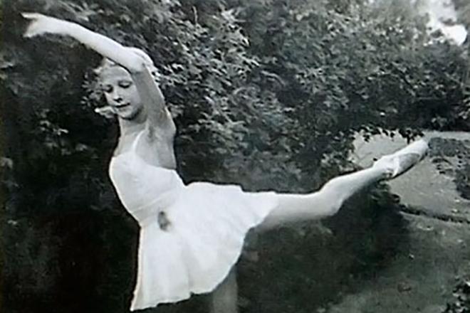 Юная балерина Светлана Дружинина
