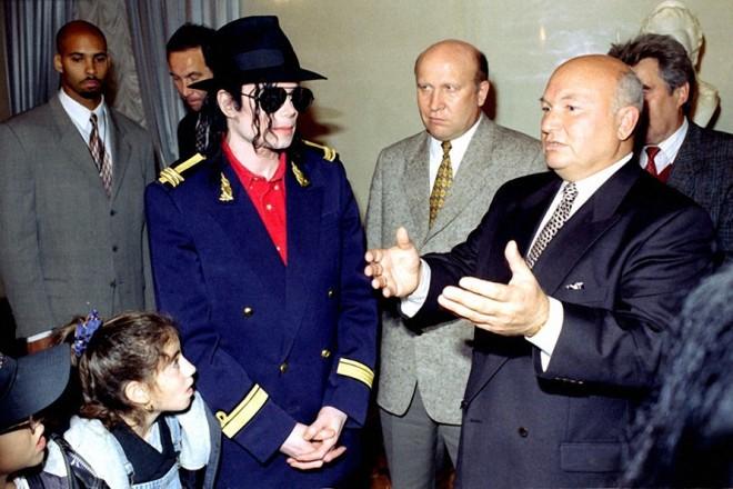 Майкл Джексон и Юрий Лужков