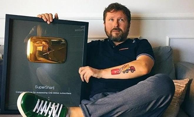 Анатолий Шарий и его «Золотая кнопка»