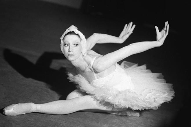 Майя Плисецкая на сцене Большого театра