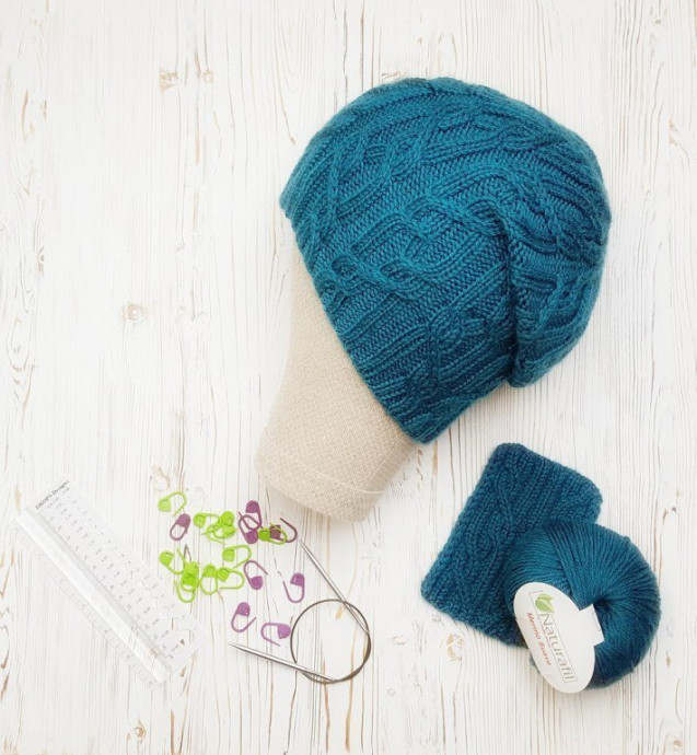 Бирюзовая шапка-бини 0