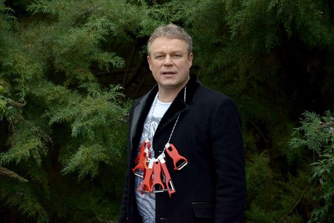 """Сергей Жигунов на съемках сериала """"Беглые родственники"""""""