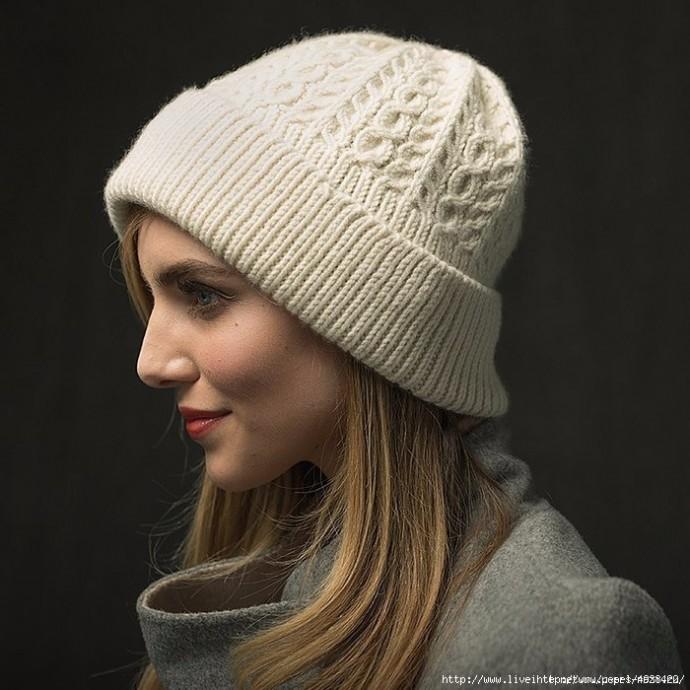 Стильная женская шапка спицами с отворотом WayWorn! 0